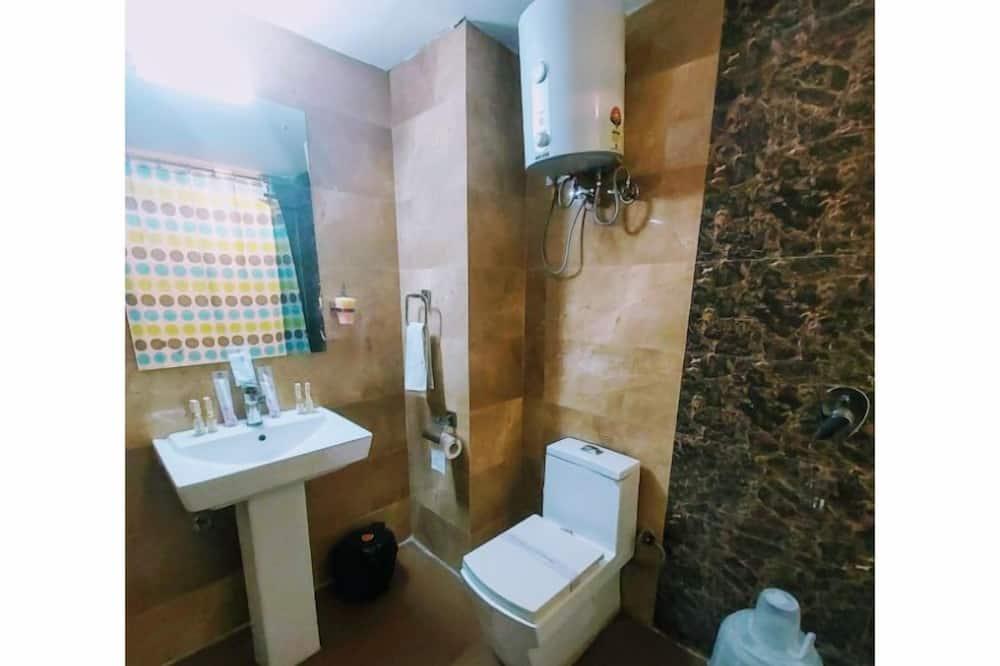Habitación Business, 1 habitación, no fumadores, vistas a la ciudad - Cuarto de baño