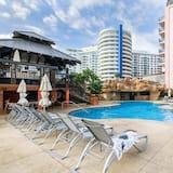 Apartment, 2 Bedrooms (615) - Pool