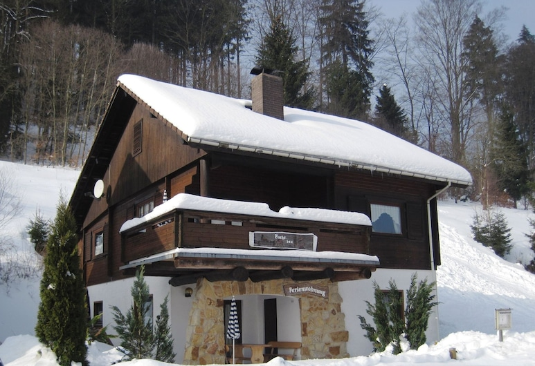 Apartment in the Beautiful Harz Region With Covered Terrace, Osterode am Harz, Udendørsareal