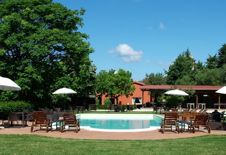 Apartment With Pool, Between sea and Mountains, Restaurant, Wifi, Colonnella, Utvendig