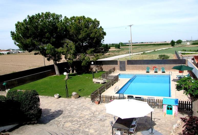 Spacious Holiday Home in Vilanova de Bellpuig With Garden, Vilanova de Bellpuig