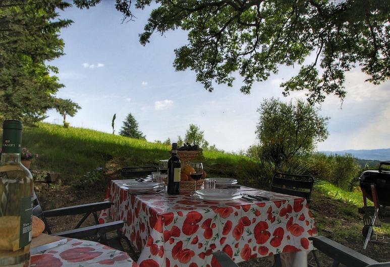 Cosy Cottage in Anghiari With Pool & Garden, Anghiari, Balkong