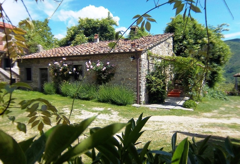 Deluxe Holiday Home in San Godenzo With Pool, San Godenzo