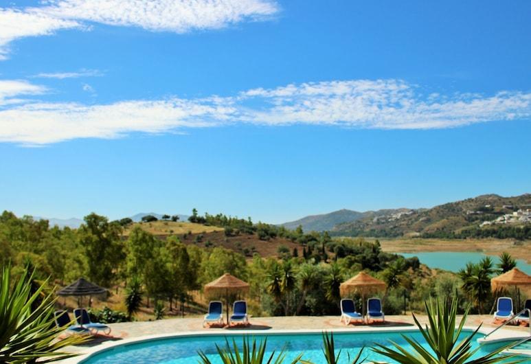 Modern Cottage in Viñuela With Swimming Pool, Vinuela, Exteriér