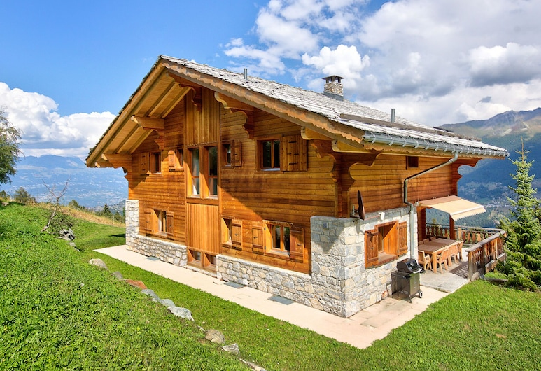 Mountain Chalet in Les Collons With Wellness Centre, Vex