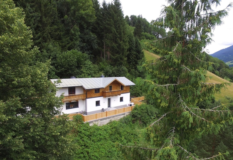 Renovated Holiday Home Near Zell am See With Enclosed Garden, Брук-ан-дер-Гросглокнерштрассе