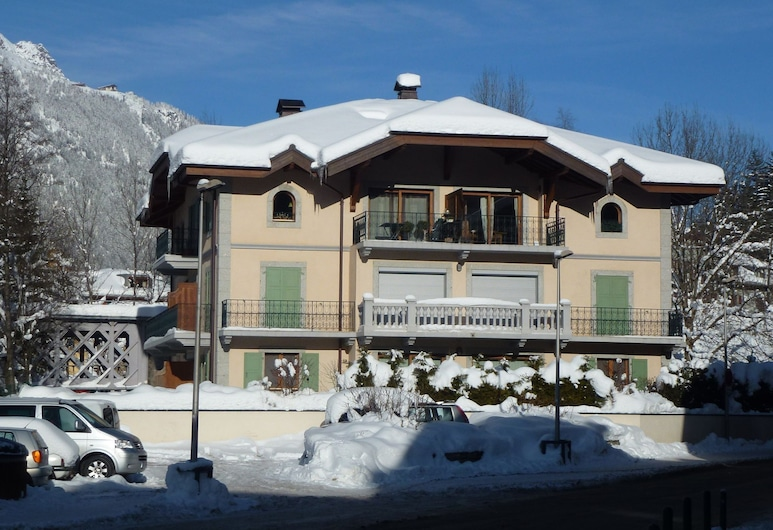 Very Nice Cozy and Bright Apartment Near the Center of Chamonix, Chamonix-Mont-Blanc