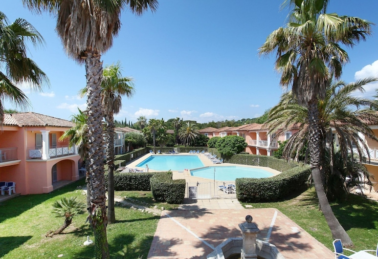 Charming Apartment With AC not far From the Beautiful Coast, Grimaud, Exterior
