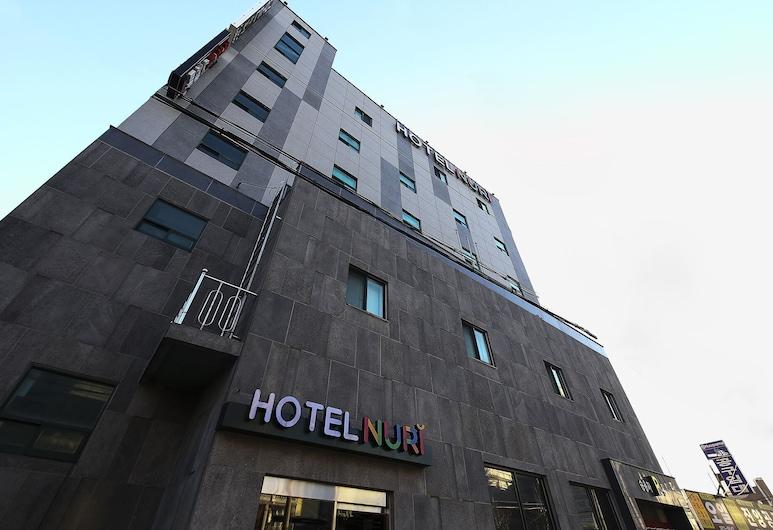 Hotel Nuri, אוסן