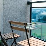 Family Room, Balcony - Terrace/Patio
