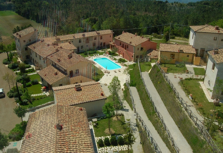 Cosy Apartment With Swimming Pool and Garden Close to Volterra and S. Gimignano!, Gambassi Terme