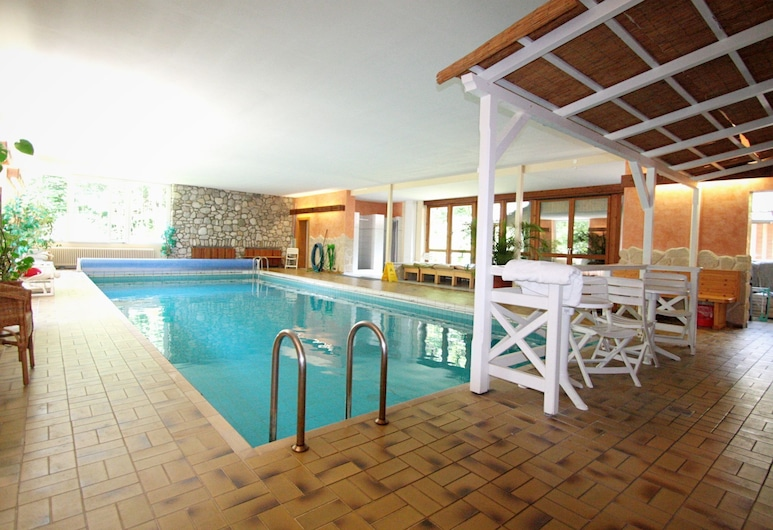 Cosy Little Holiday Home in Chiemgau - Balcony, Sauna and Swimming Pool, Ruhpolding, Svømmebasseng