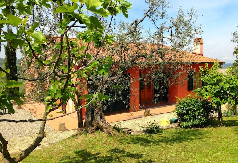Semi-detached House in Traditional Agriturismo With Clear View of the Chianti, Montespertoli, Garden