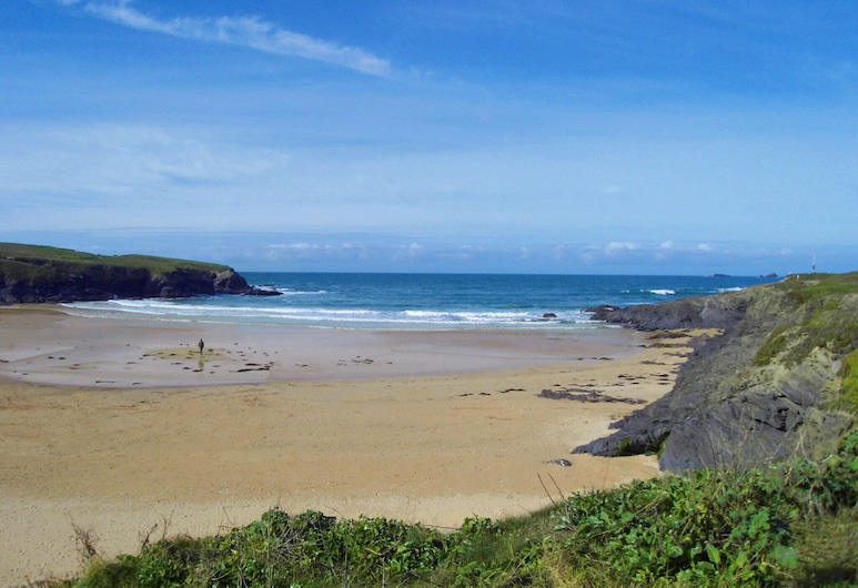 Cozy Holiday Home With Fireplace at Saint Merryn Cornwall, Padstow, 海滩