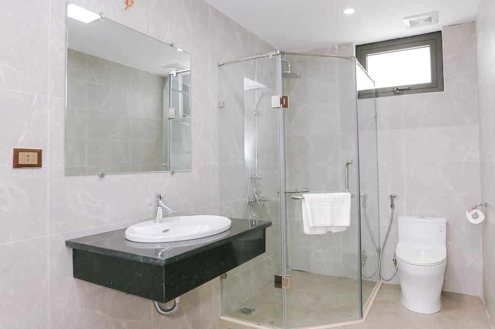 Deluxe-Zimmer, eingeschränkter Meerblick - Badezimmer
