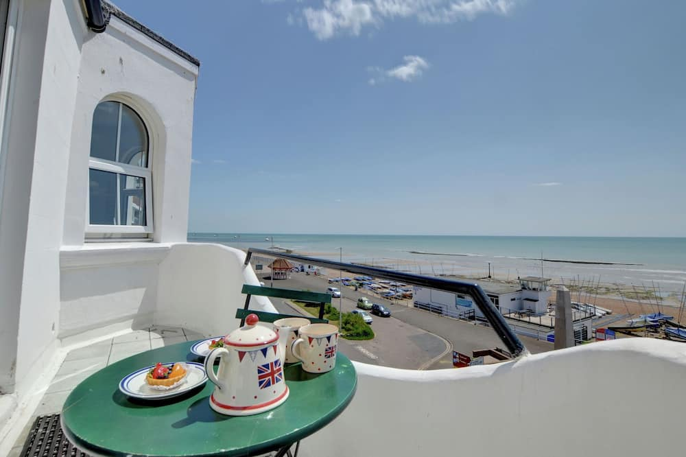 Exquisite Apartment in Bexhill Kent With Balcony
