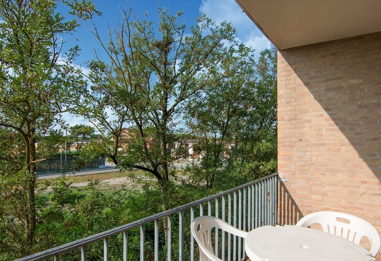 Loving Apartment in Rosolina Mare, Near Venice, Rosolina, Balkon