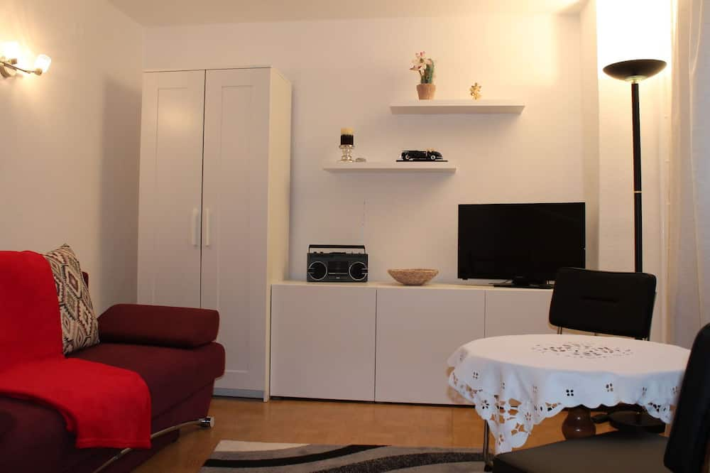 Charming Apartment in Kröpelin With Barbecue