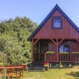 A Holiday Home With a View of Wilkasy Lake. Living Room, 2 Bedrooms, Barbecue, Gizycko