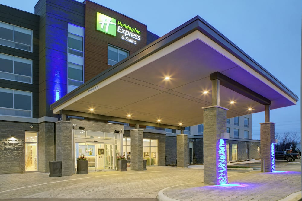 Holiday Inn Express & Suites Collingwood, an IHG Hotel