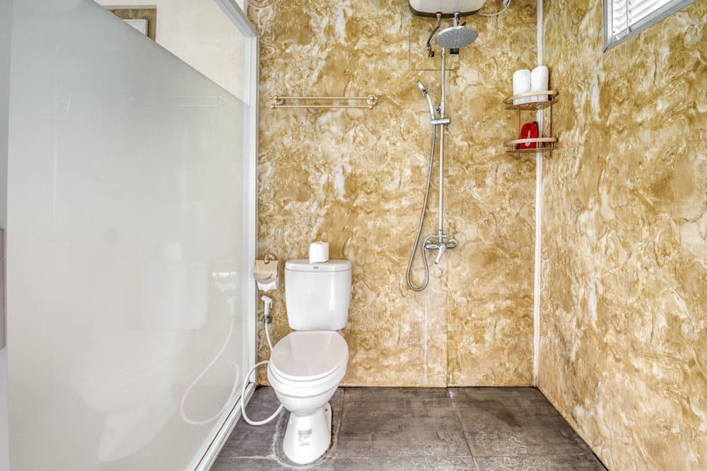 Deluxe Bungalow - Bathroom