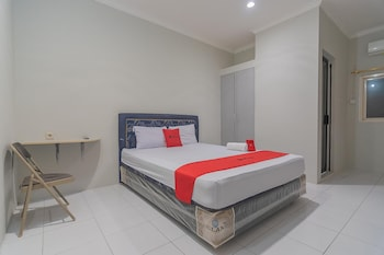 Picture of RedDoorz Plus @ Bukit Cinta Street in Balikpapan