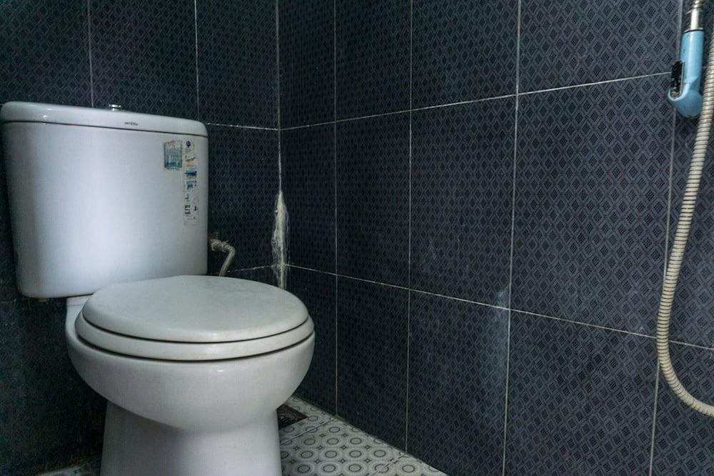 Dobbeltværelse (Reddoorz) - Badeværelse