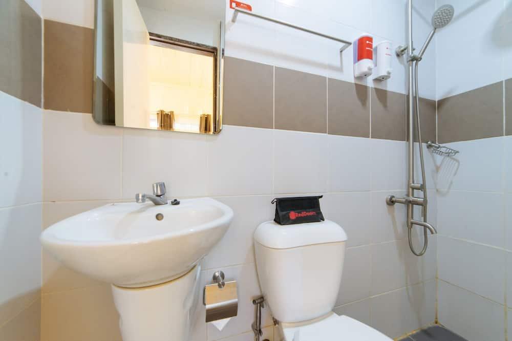 Dvivietis kambarys (Reddoorz) - Vonios kambarys