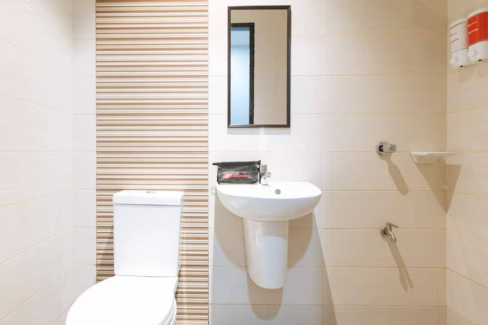 雙人房 (Reddoorz) - 浴室