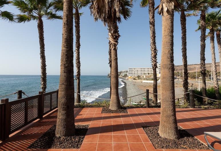 Luxury terrace Sea front P67B by CanariasGetaway, San Bartolome de Tirajana, Beach