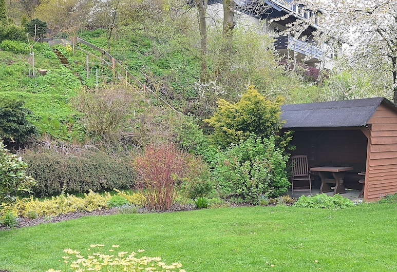Modern Holiday Apartment Between Willingen and Winterberg With Private Terrace, Medebach, Taman