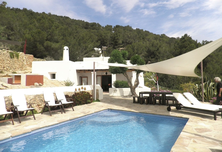 Modern Holiday Home in in Balearic Islands With Pool, Sant Josep de sa Talaia, Piscina