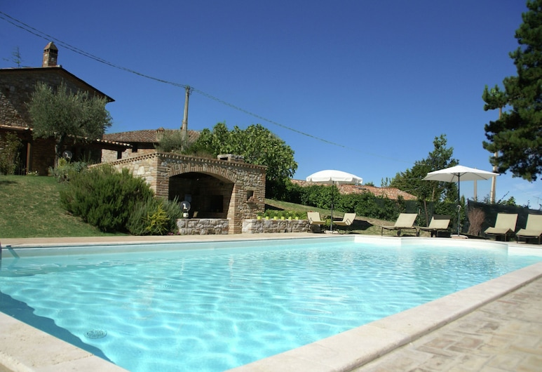 Magnificent Villa in Umbertide With Private Pool, Umbertide, 游泳池