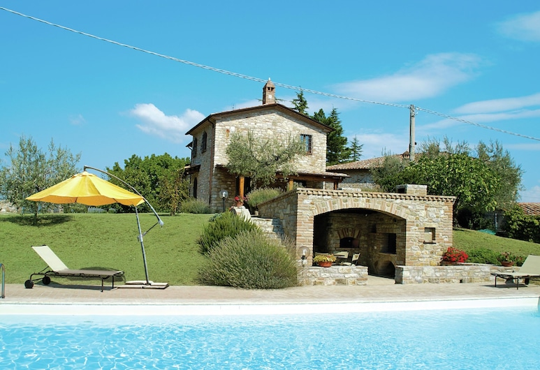Magnificent Villa in Umbertide With Private Pool, Umbertide, 酒店外部