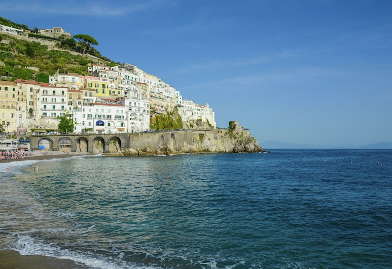 Apartment in a Country House, but Near the Centre of Sorrento, Sorrento, Utvendig