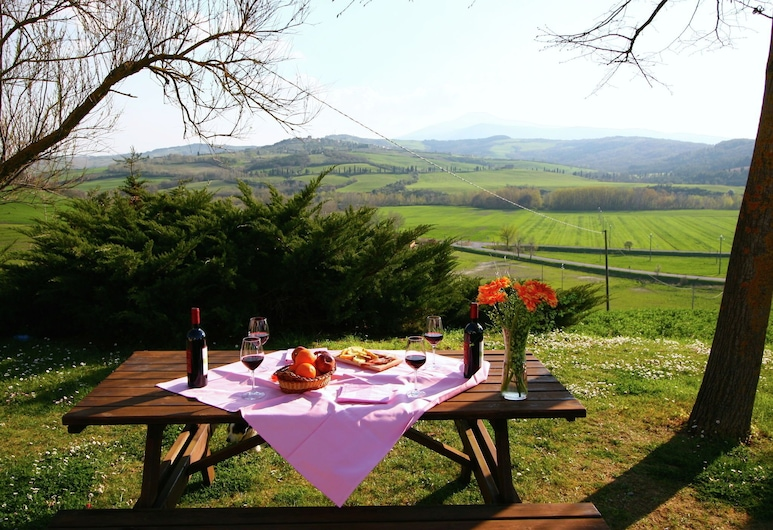 Authentic Farmhouse in the Val D'orcia With Pool and Stunning Views, Pienza, Casa, Balcón