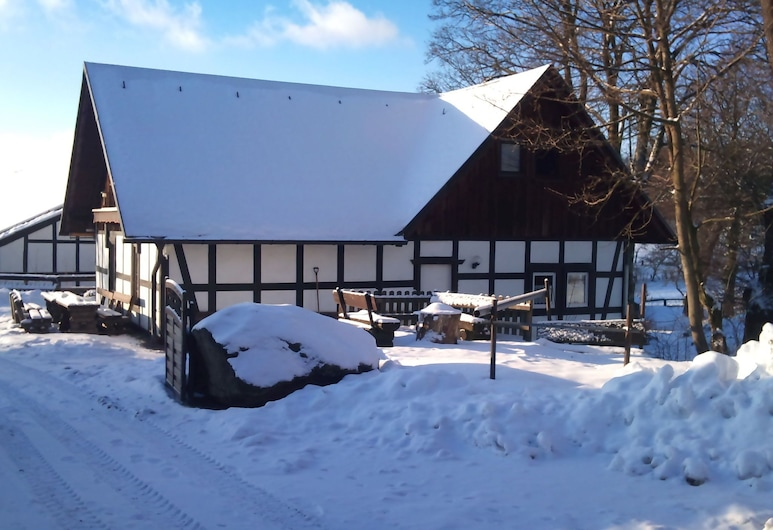 Lovely Holiday Home in Vellinghausen Near Ski Area, Meschede, Exterior