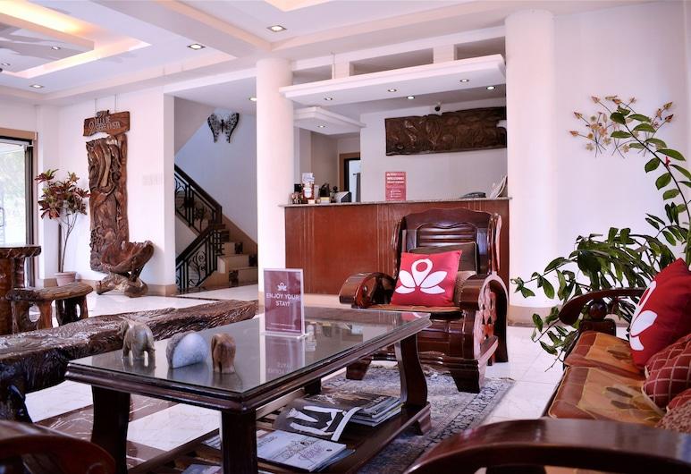 ZEN Rooms Puerto Princesa Bay, Puerto Princesa, Sitzecke in der Lobby