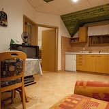 House, 2 Bedrooms, Terrace - Living Area