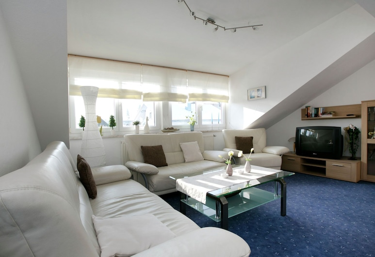 Apartment in Dietmannsried With Roof Terrace, Bbq, Heating, Dietmannsried, Living Room