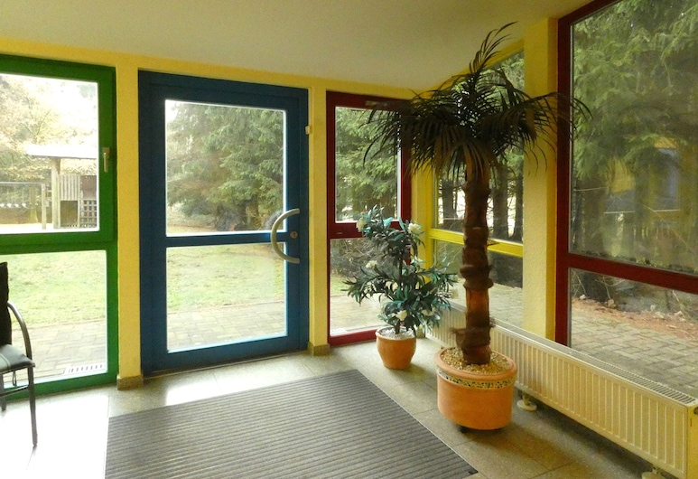 Vibrant Holiday Home in Hahnenklee Near Ski Area, Goslar, Reception