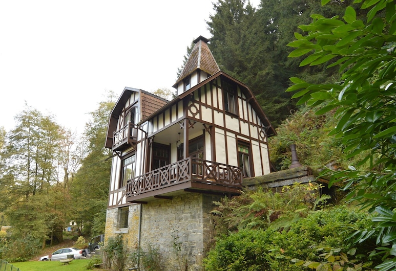 Cozy Holiday Home in Durbuy Near Town Center, Ferrieres