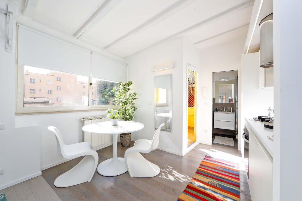 Studio, terasa (Trastevere Bright) - Stravování na pokoji