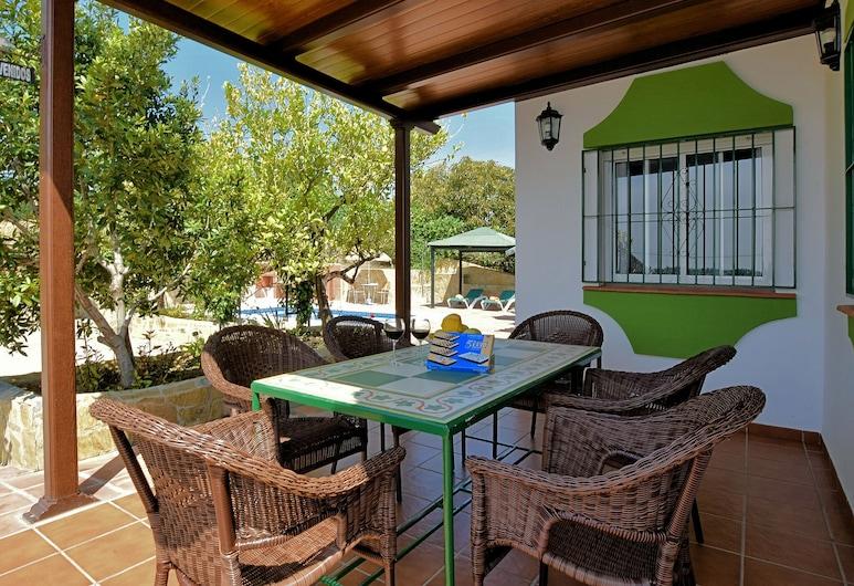 Rustic Villa in Lopera With Terrace, Frigiliana