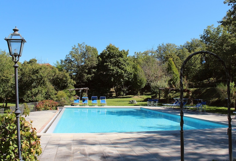 Farmhouse in Poppi With Swimming Pool, Garden,fireplace, BBQ, Poppi, Pool