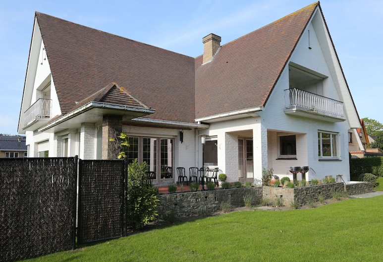 Stylish Holiday House From the 1960s in West Flanders,300 Metres From the Beach, De Panne