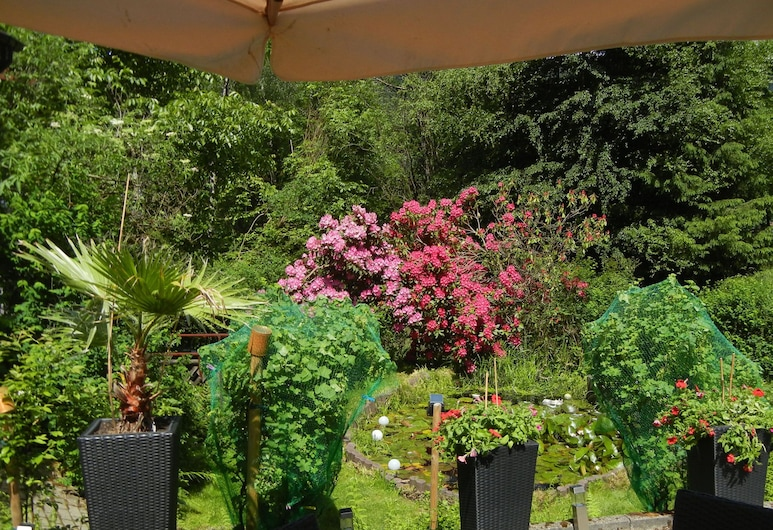 Beautiful Apartment in Schiltach With Swimming Pool, 希尔塔赫, 酒店场地