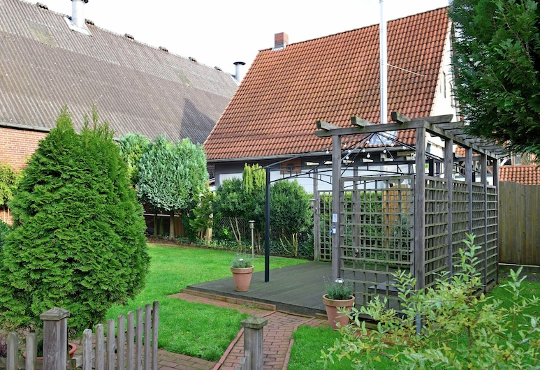 Wooden Apartment in Löwensen Lower Saxony With Terrace, Bad Pyrmont, Hage