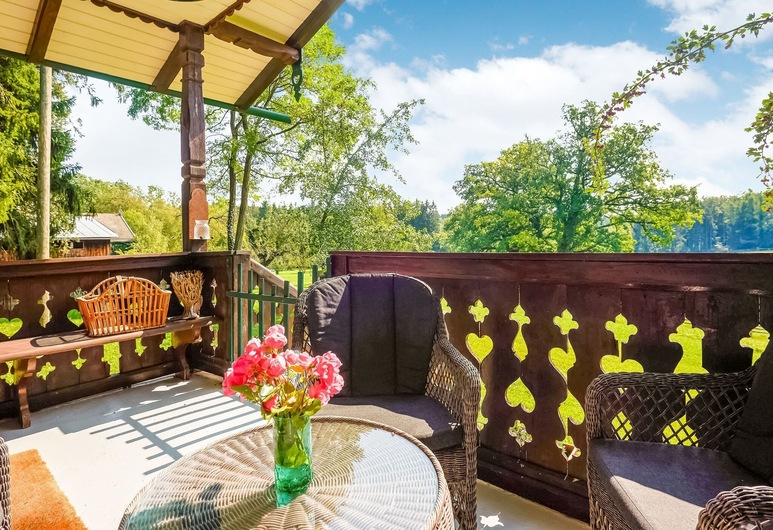 Holiday Home in Pähl With Terrace, Garden, Heating, Parking, بال, غرفة نزلاء