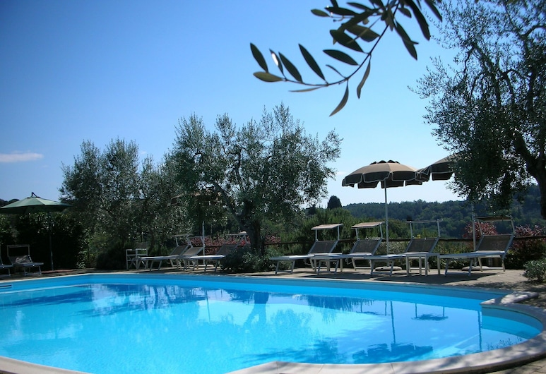 Enjoy the Tuscan Landscape in a Farmhouse With Pool and Wifi, Poggibonsi, Pool